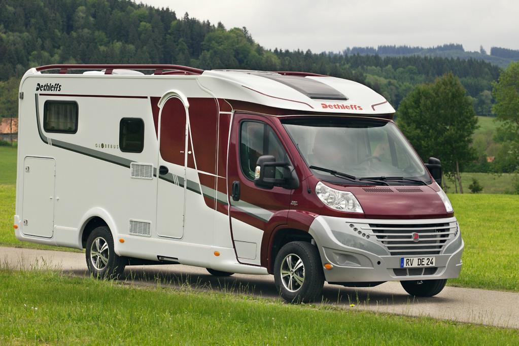 Caravan: Stoßdämpfer und Bremsflüssigkeit prüfen
