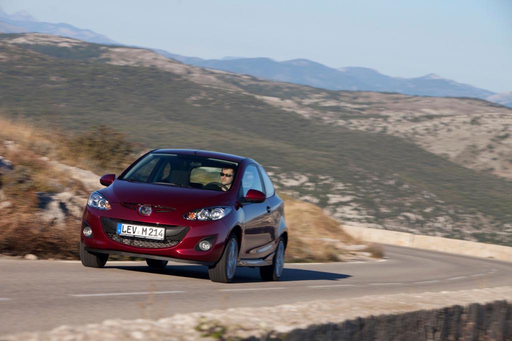 Der Mazda2 zählt zu den Dynamikern unter den Kleinwagen