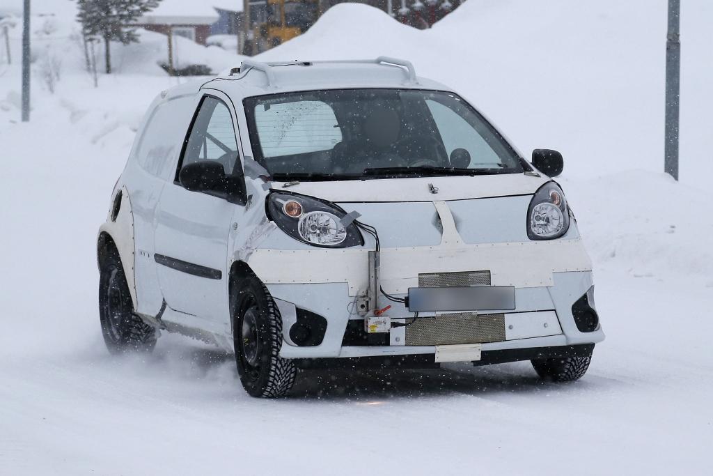 Erwischt: Erlkönig des neuen Smart Viersitzers - Smart Forfour