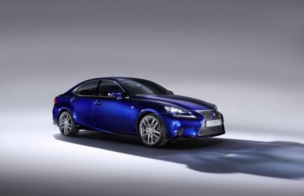 Genf 2013: Lexus IS 300h - Komplette Palette