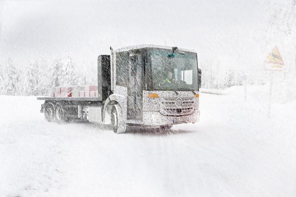 Neuer Unimog und neuer Econic in der Wintererprobung und bei letzten Testeinsätzen