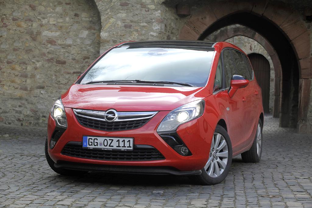 Opel Zafira Tourer, hier als 2,0-Liter-Biturbodiesel.