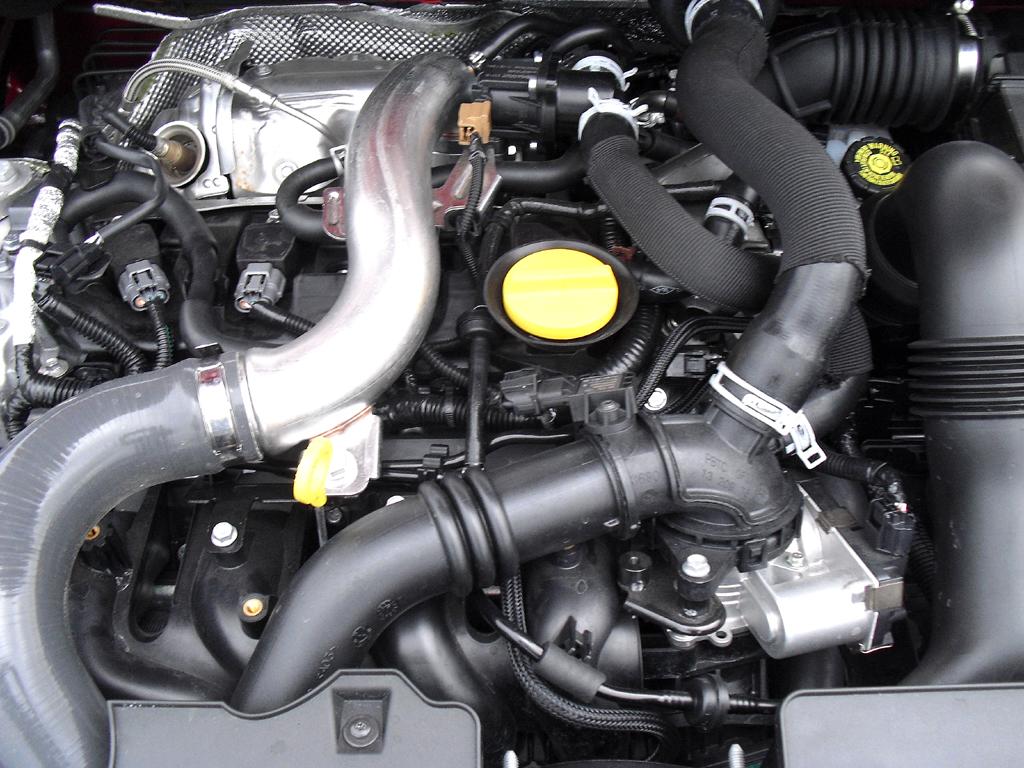 Renault Clio RS: Blick unter die Haube auf den 1,6-Liter-Turbobenziner mit 147/200 kW/PS.