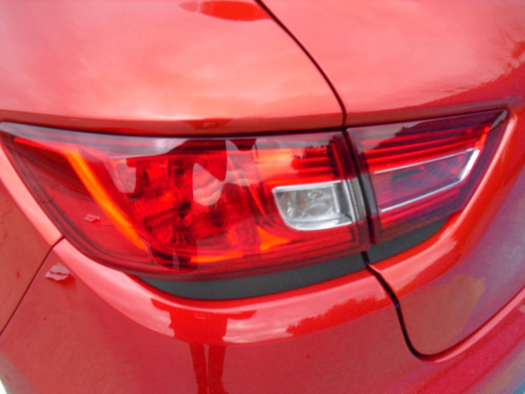 Renault Clio RS: Moderne Leuchteinheit hinten.
