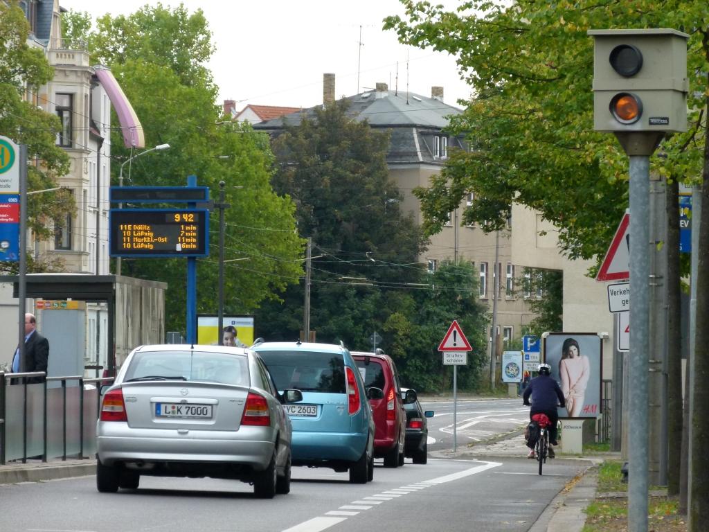 Rollstuhlfahrer im Straßenverkehr