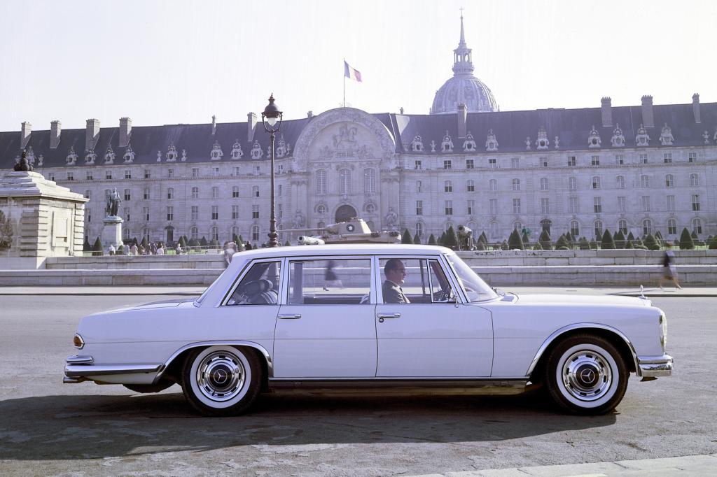 Tradition: 50 Jahre Mercedes-Benz 600 - Prunkkarosse für Präsidenten, Popstars und Päpste