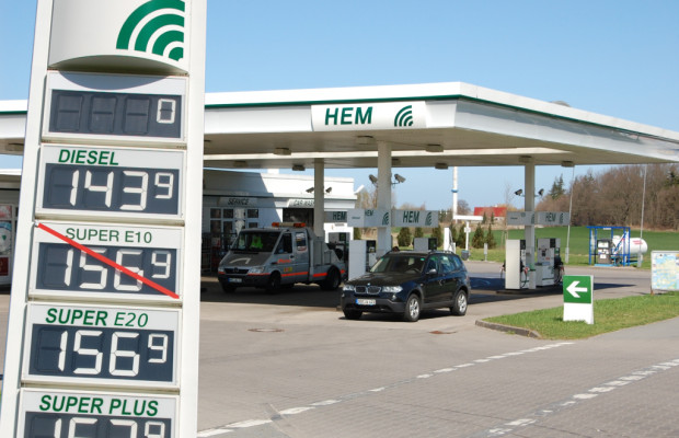 +++ Update +++ Aprilscherz: Aus E10 wird E20: Ab 2014 mehr Alkohol im Benzin - Droht die große Preisbombe?