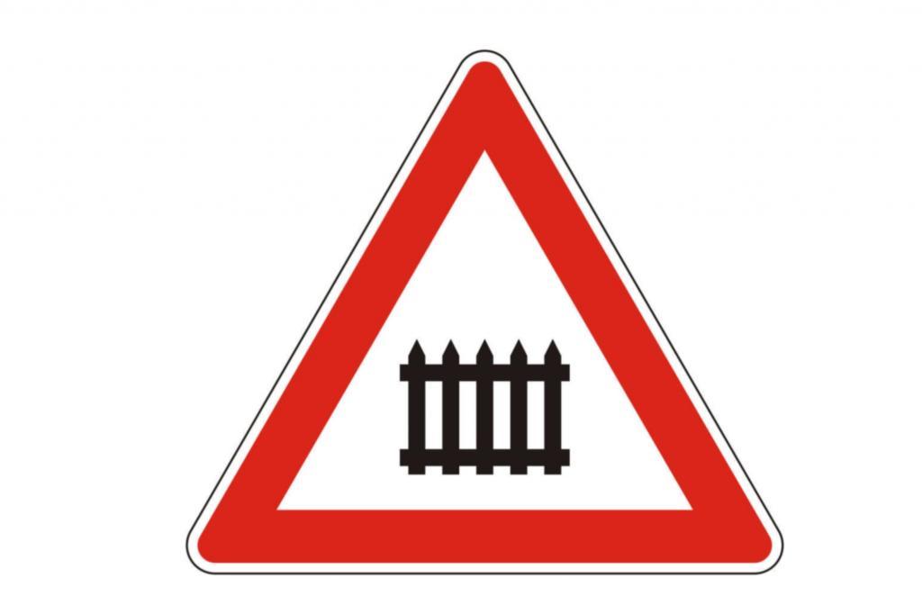 Abgeschafft wird das Schild 150, das eine Bahnschranke in einem roten Warndreieck zeigt