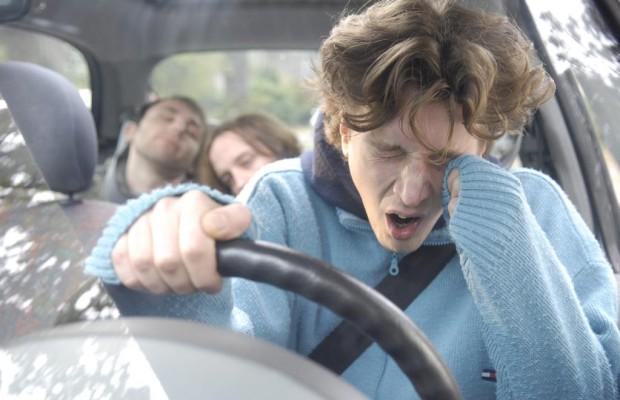 Assistent gegen Sekundenschlaf in Fahrzeugen