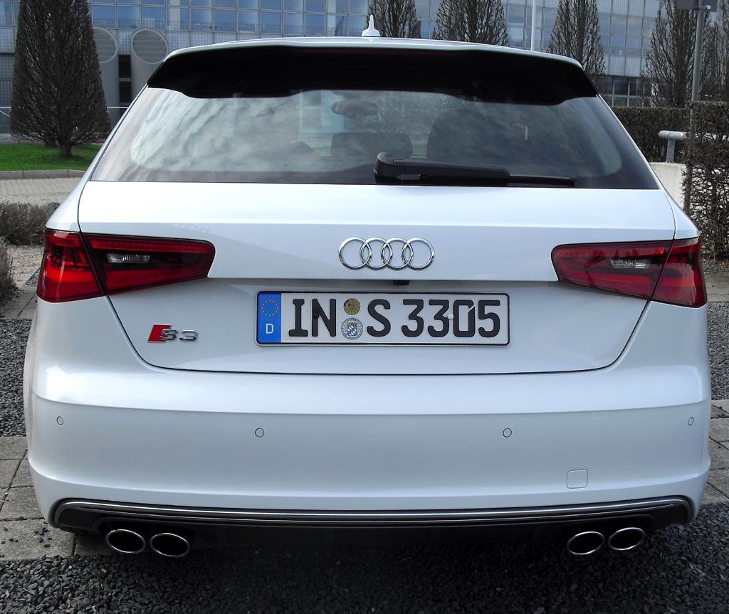 Audi S3: Blick auf die Heckpartie.