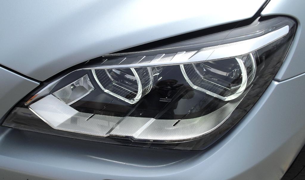 BMW M6 Gran Coupé: Moderne LED-Leuchteinheit vorn.