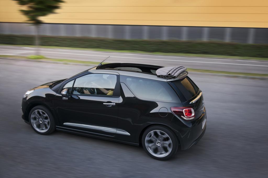 Das DS3 Cabrio tritt unter anderem gegen den Fiat 500 C an