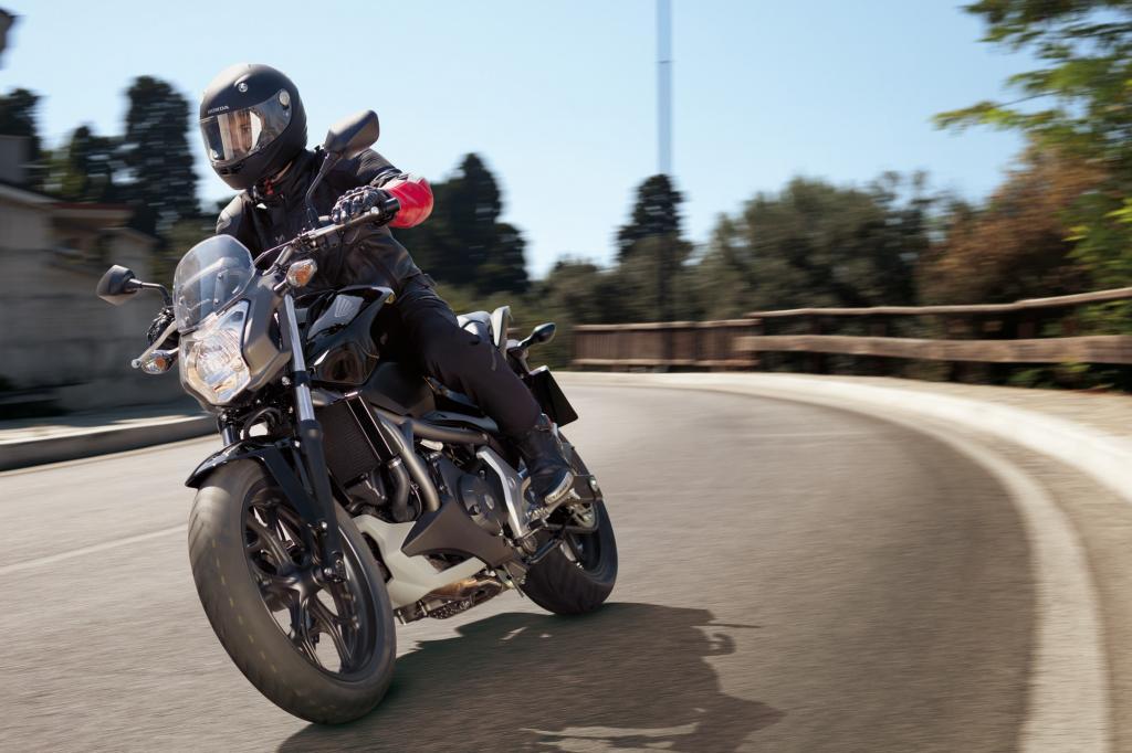 Die Honda NC 700 S, ein schnörkelloses Motorrad, das geradezu für Einsteiger entworfen wurde