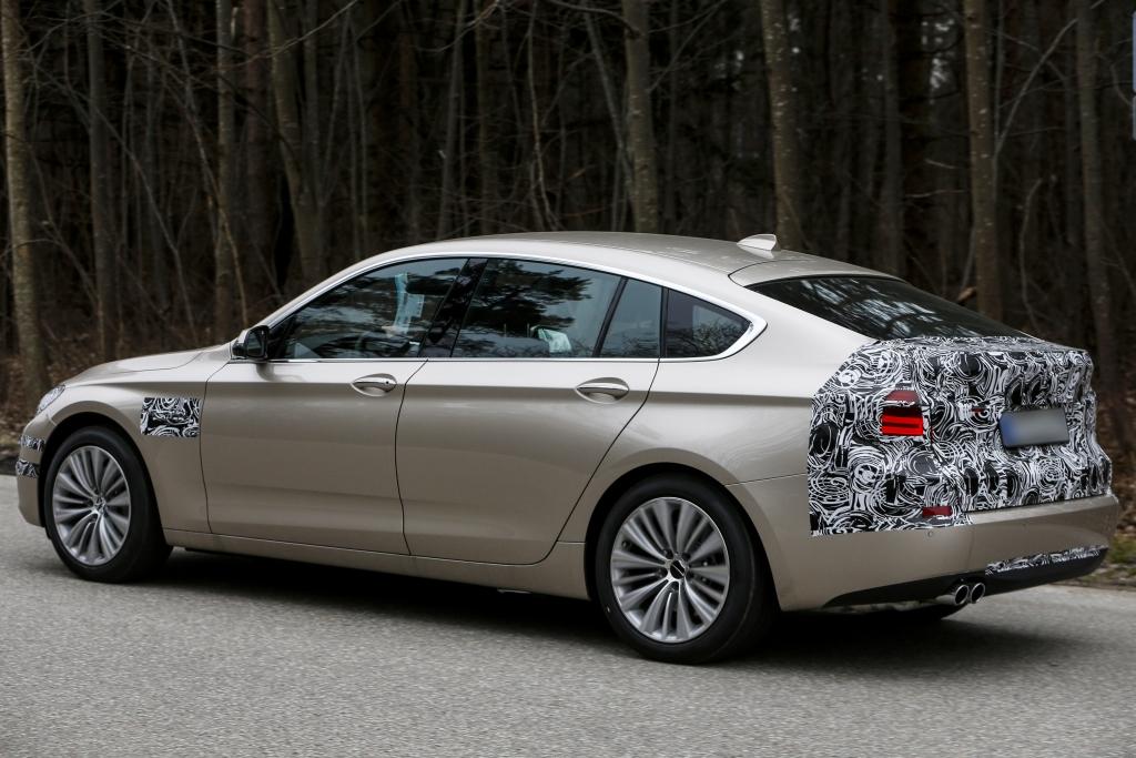 Erwischt: Erlkönig BMW 5er GT – Retusche am Raumschiff