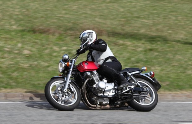 Honda CB 1100 - Retro-Bike für Fans mit Geduld