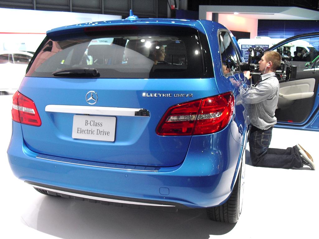Mercedes B-Klasse Electric Drive: Blick auf die Heckpartie.