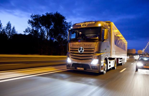 Mercedes-Benz Marktführer bei schweren Lkw