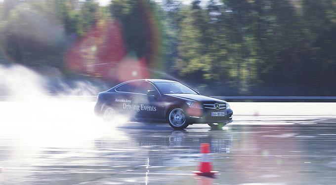 Mercedes-Benz bietet Driving Events