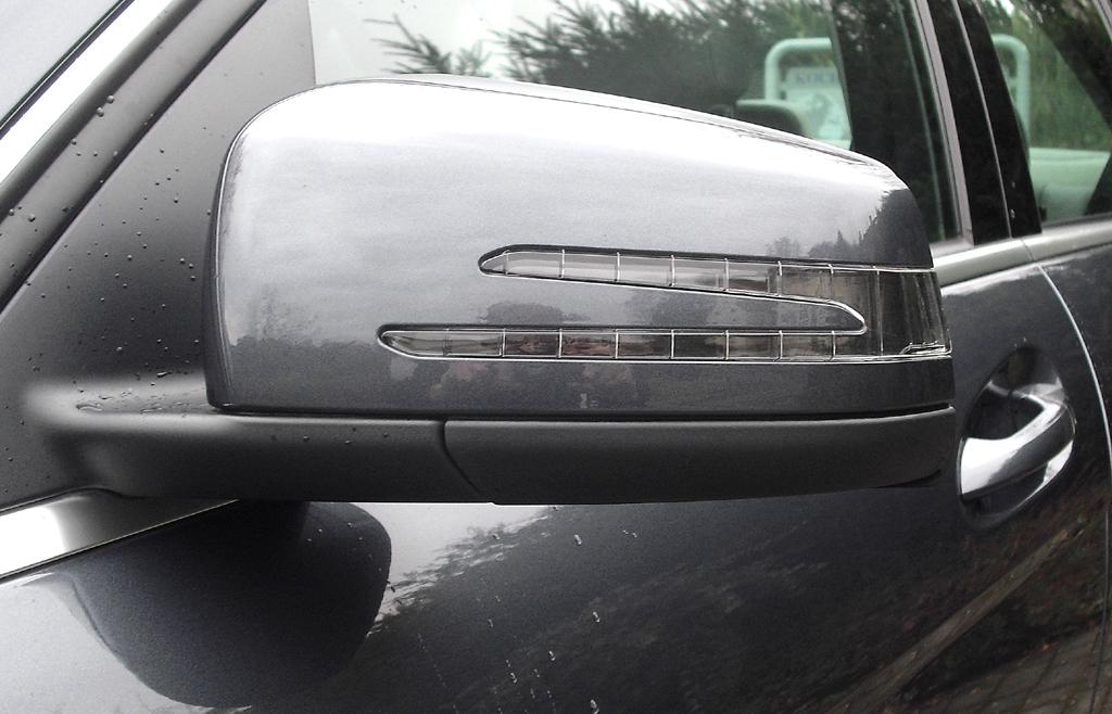 Mercedes C 250 CDI 4Matic: In die Außenspiegel sind Blinkleisten integriert.