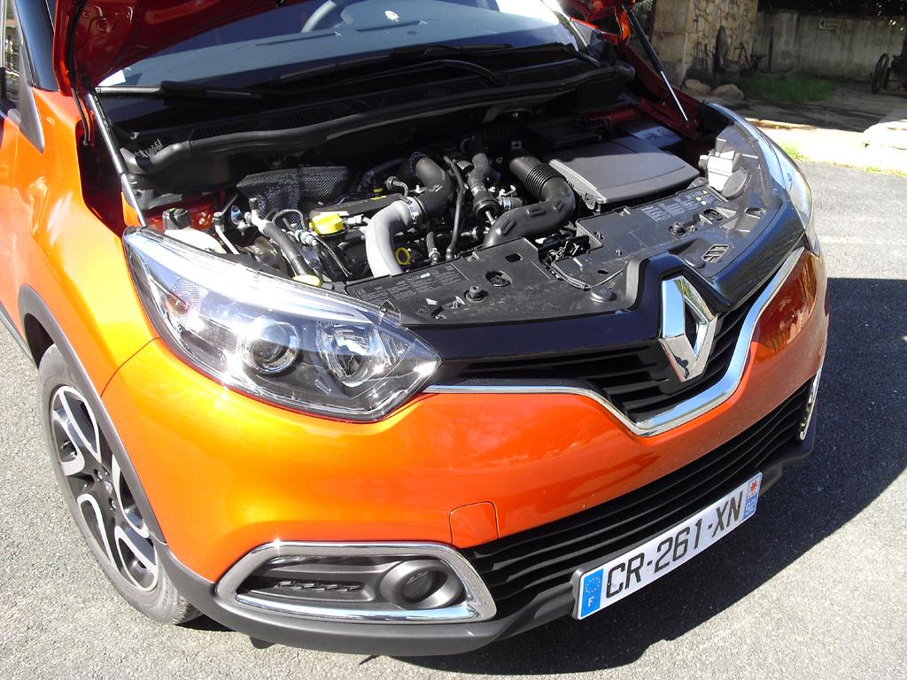 Renault Captur: Blick unter die Haube, hier beim stärkeren Turbobenziner.