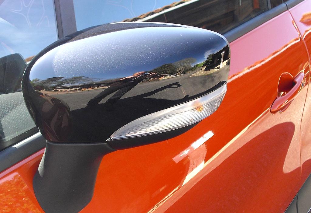 Renault Captur: In die Außenspiegel sind Blinkblöcke integriert.