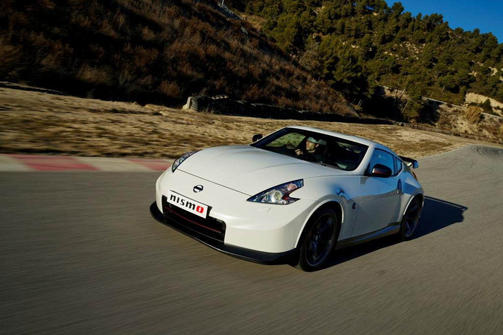 Scharfe Kurven: der neue Nissan 370Z Nismo