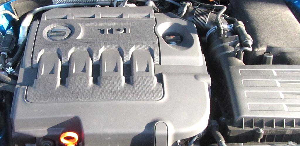 Seat León SC: Blick unter die Haube, hier bei einem der vier Turbodiesel.