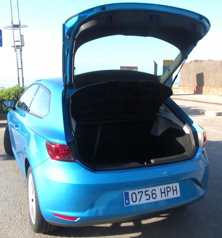 Seat León SC: Das Gepäckabteil des Dreitürers fasst wie beim Fünftürer 380 Liter.