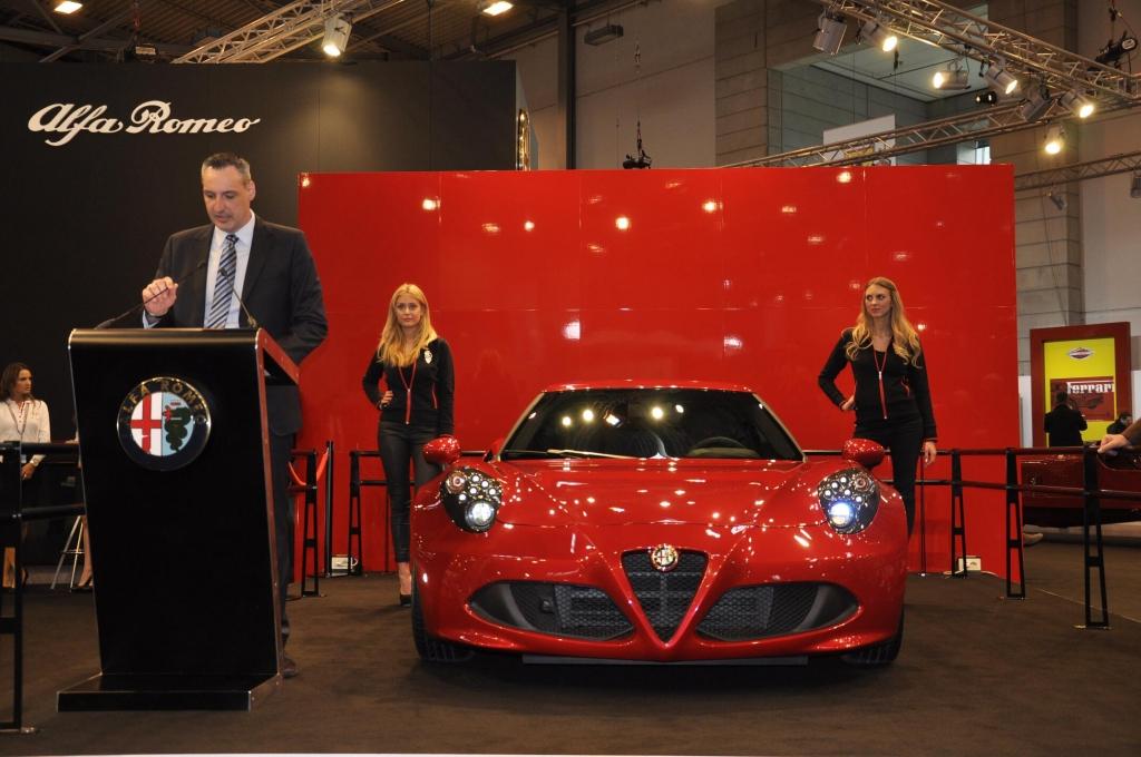 Techno Classica 2013: Deutschlandpremiere Alfa Romeo 4C auf der Classic- und Prestige-Automobile in Essen