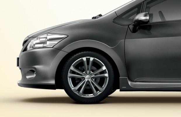 Toyota mit Sommerkompletträdern bis 19 Zoll