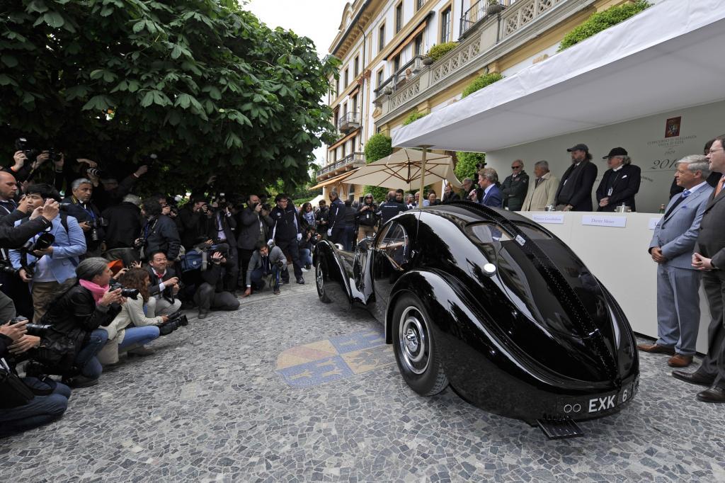 Am Comer See zelebriert man den Glamour und die Darstellungskunst historischer Fahrzeuge