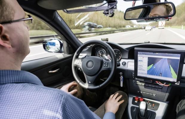 Automatisiertes Fahren: Die Tester rollen auf die Autobahn