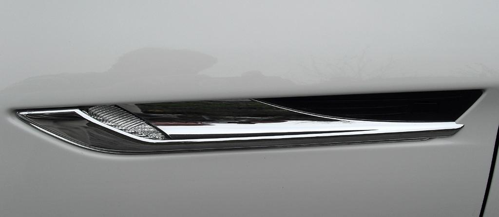 BMW 6er Gran Coupé: Blick auf die seitlichen Kiemen.