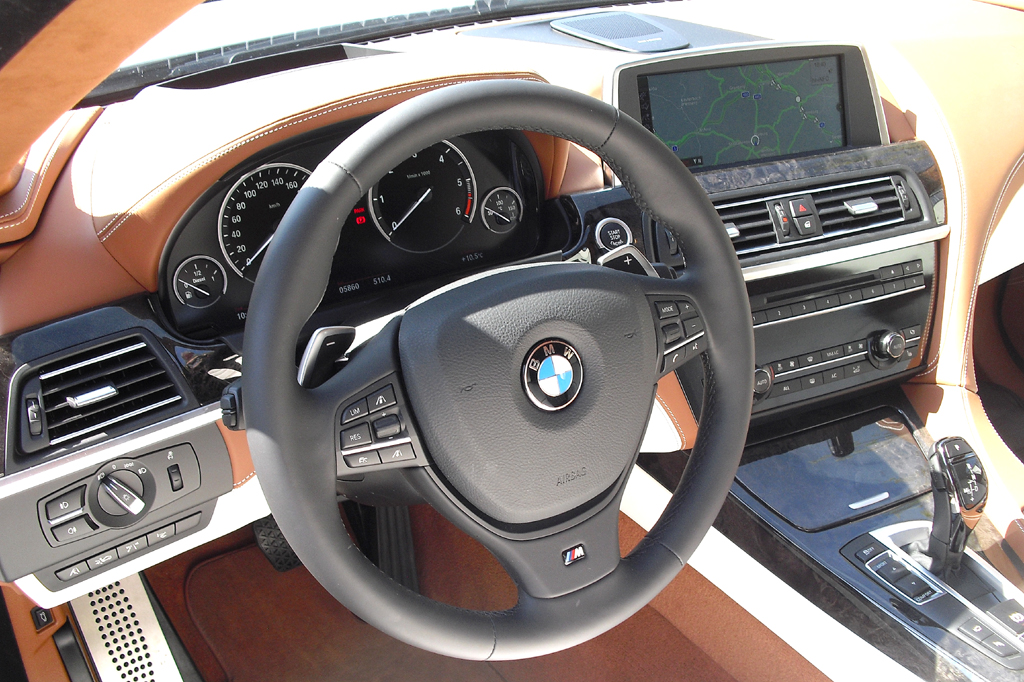 BMW 6er Gran Coupé: Blick ins genauso noble wie sportlich-funktionelle Cockpit.