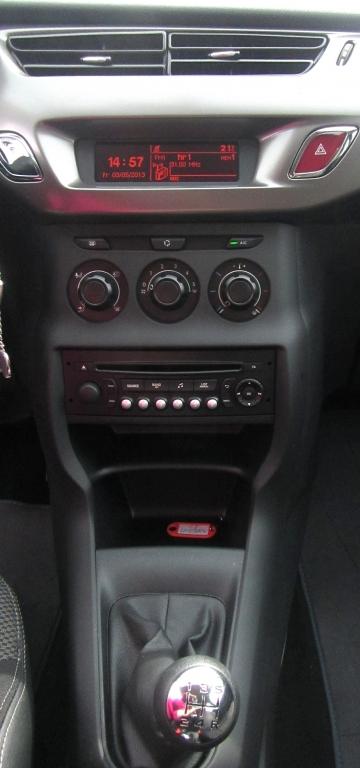 Citroën C3: Blick auf den mittleren Armaturenträger.