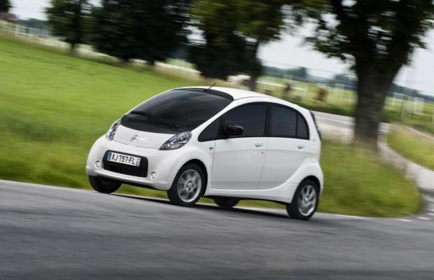 Citroen C-Zero und Peugeot Ion - Kleines Kraftplus für die E-Zwerge