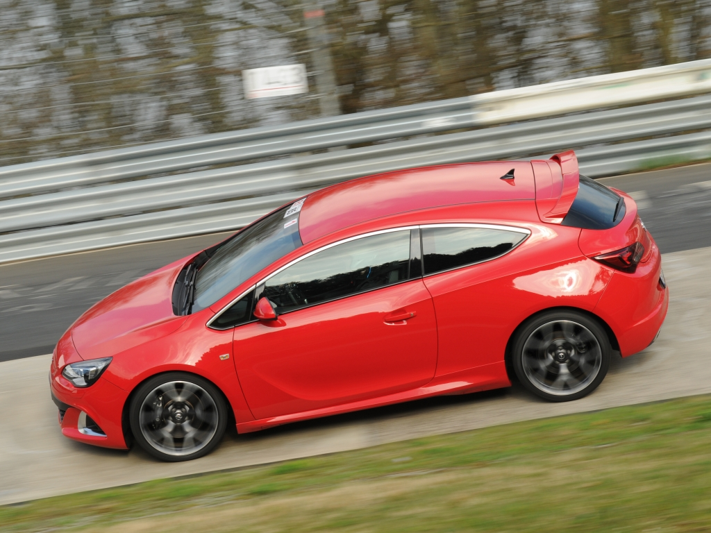 Der stärkste Astra aller Zeiten – Opel ist zurück im Motorsport