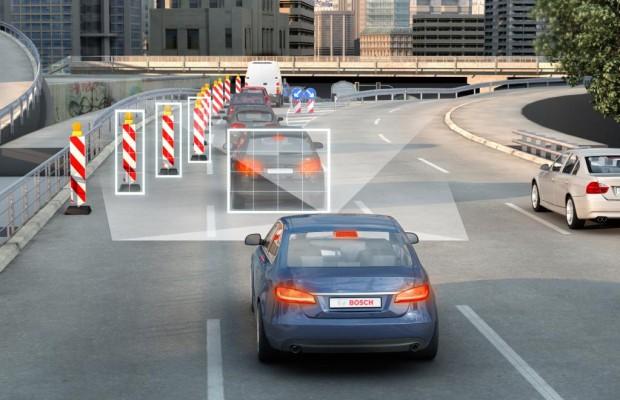 Fahrassistenten im Auto wichtiger als Multimedia