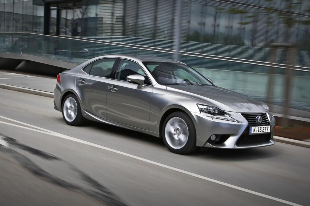 Fahrbericht: Lexus IS - Als Hybrid eine Klasse für sich