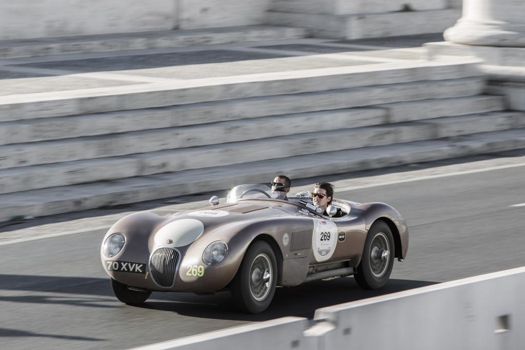 Jaguar zeigt Mille-Miglia-Momente auf Youtube
