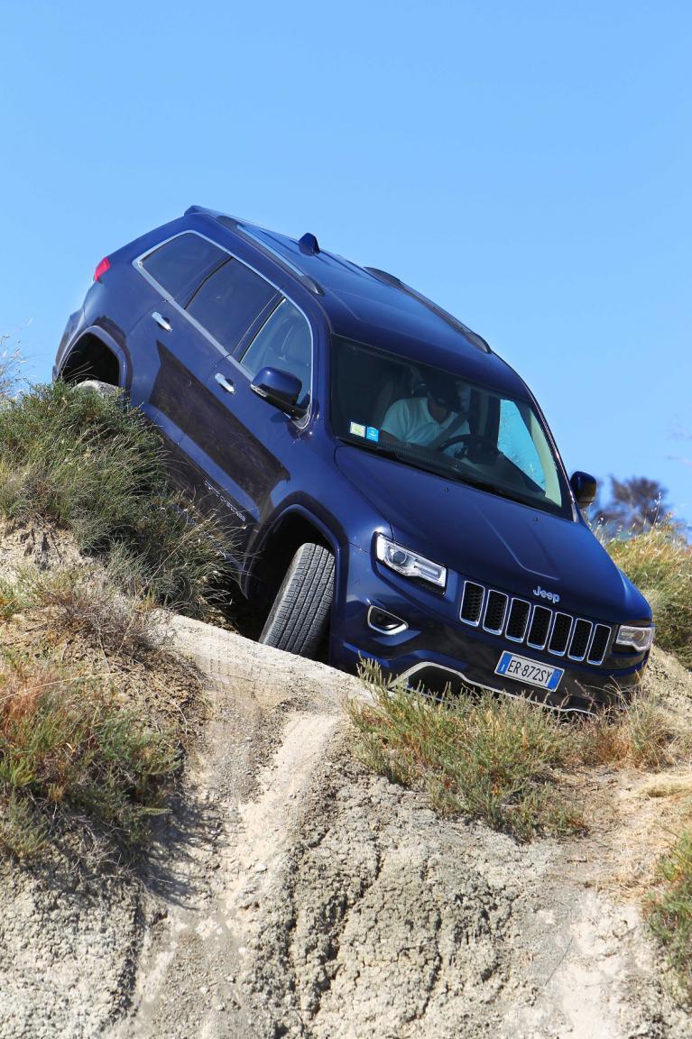 Jeep Grand Cherokee: Frischer Federschmuck für den Häuptling (Langversion)