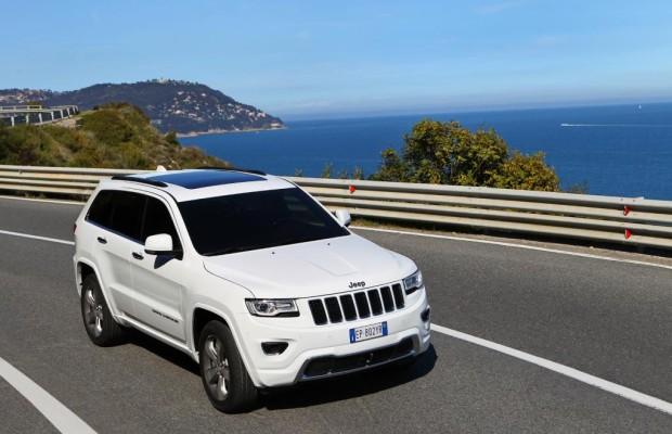Jeep Grand Cherokee: Frischer Federschmuck für den Häuptling