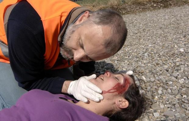 Kopfverletzungen im Straßenverkehr - Radler und Fußgänger besonders betroffen