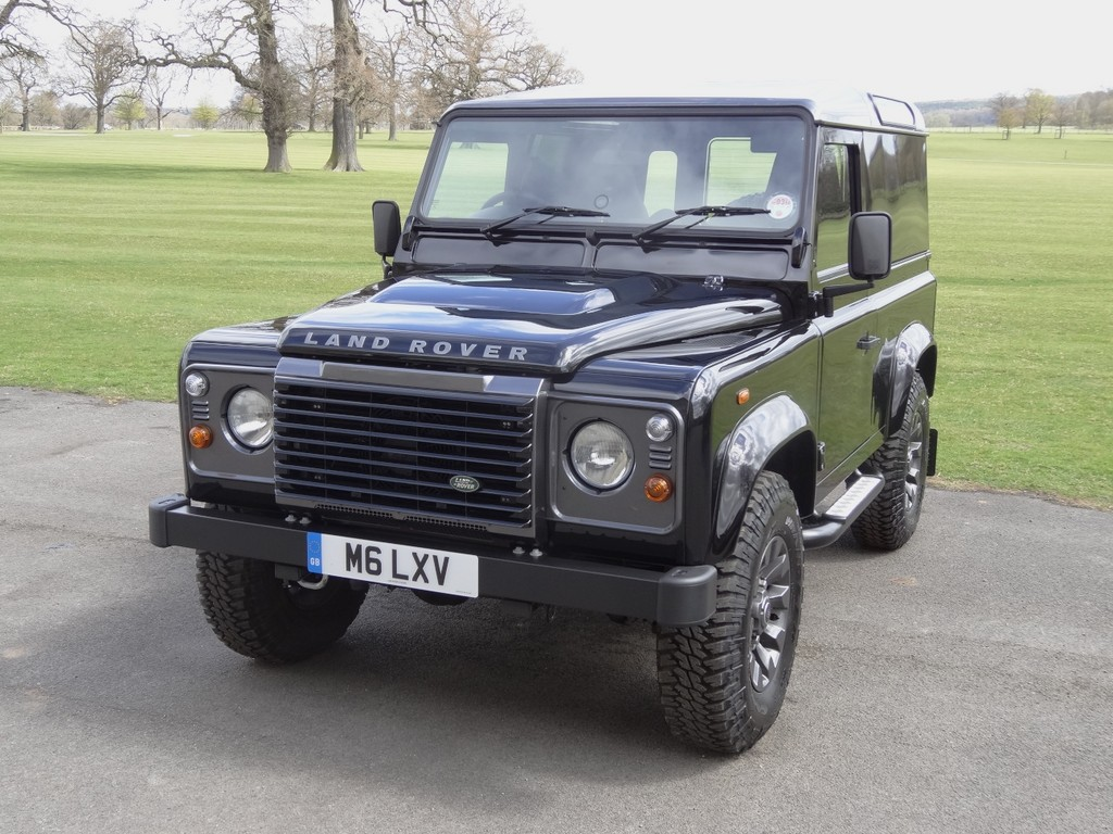 Land Rover zeigt Sondermodelle bei