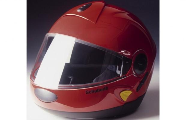 Leser fragen – Experten antworten - Wie oft sollte man als Motorradfahrer den Helm tauschen?