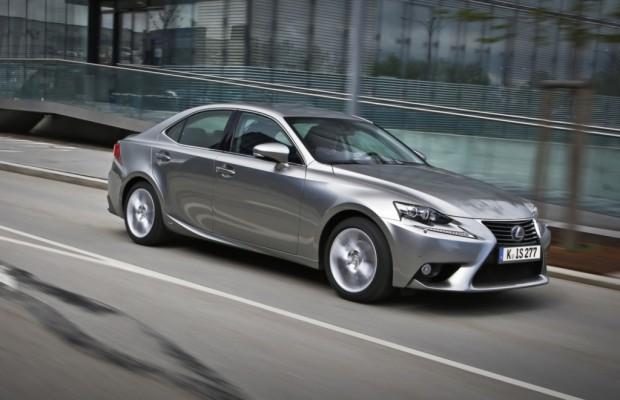 Lexus IS - Als Hybrid eine Klasse für sich