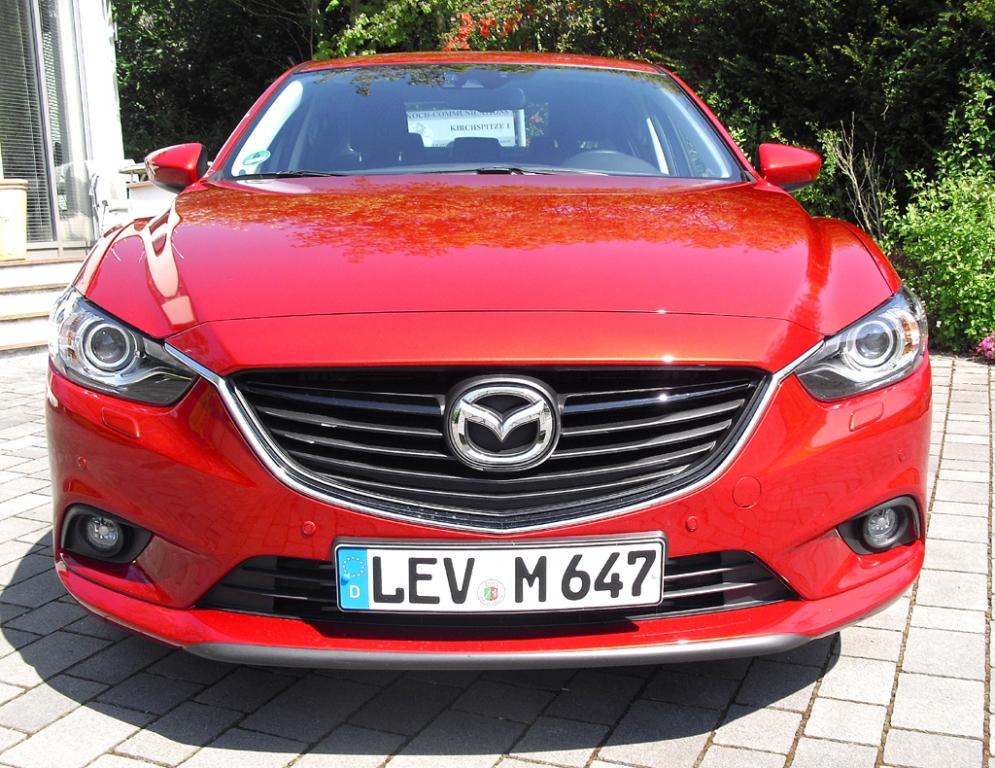 Mazda6: Blick auf die Frontpartie.