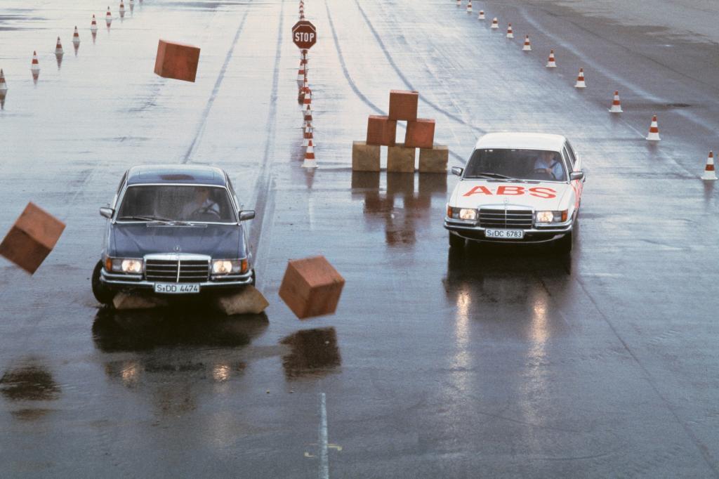 Mercedes Benz W116 ABS-Test 1978