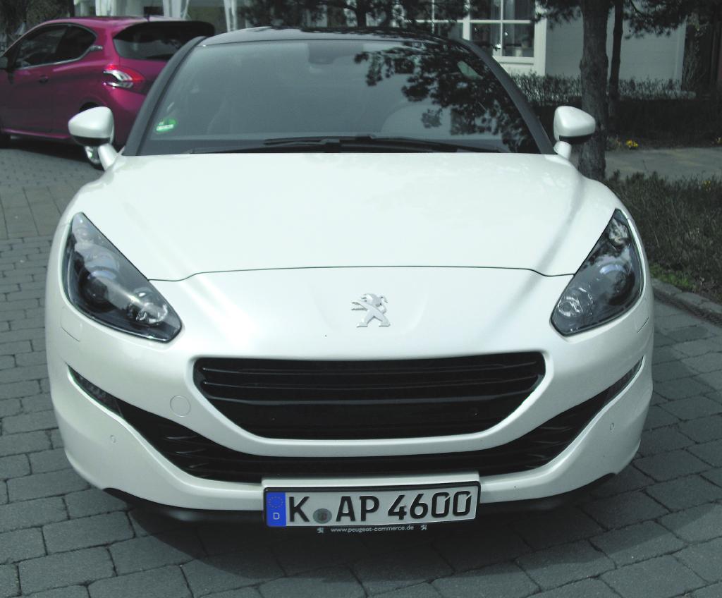 Peugeot RCZ: Blick auf die Frontpartie.