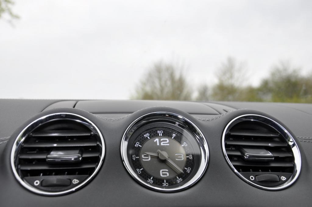 Peugeot RCZ: Sportcoupe startet modellgepflegt in zweite Runde